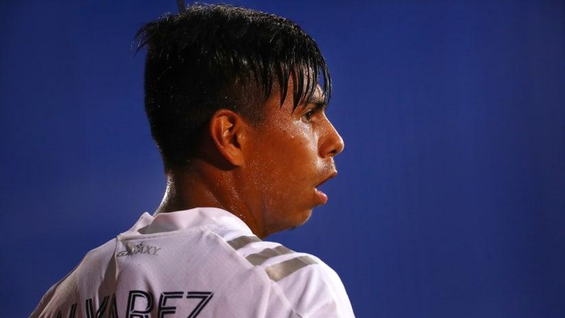 Efrain Alvarez - LA Galaxy - close up from back