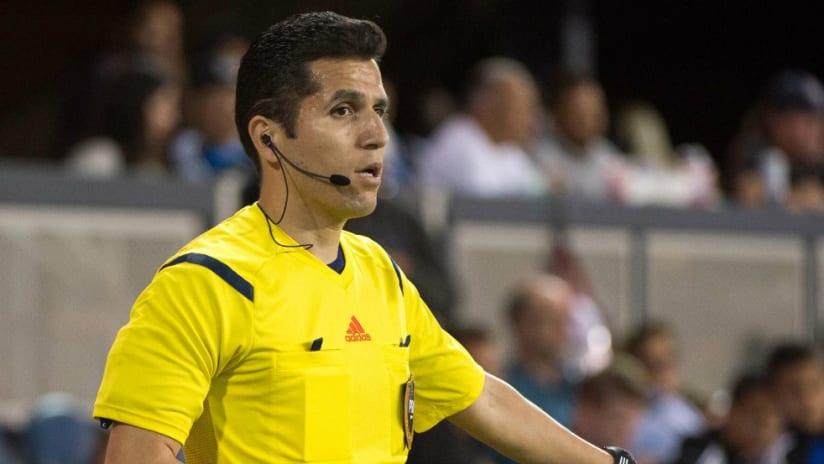 Eduardo Mariscal - assistant referee