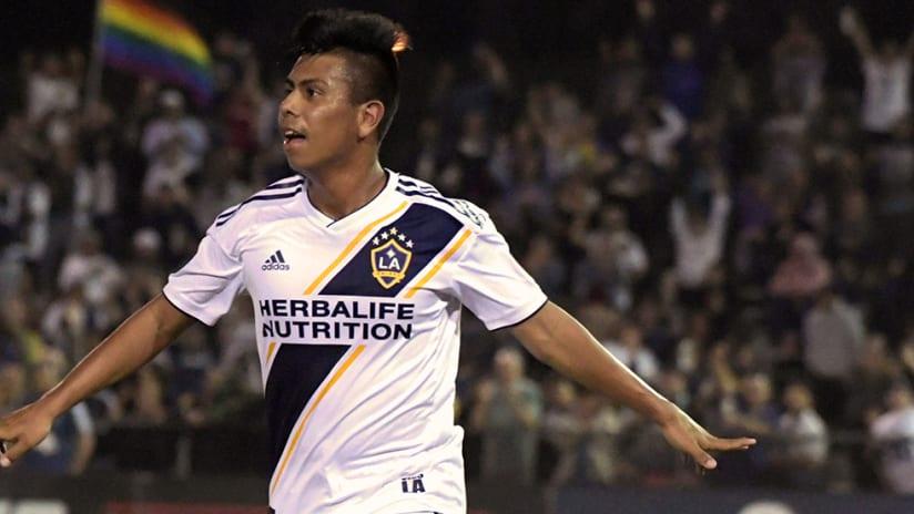 Efrain Alvarez - LA Galaxy - Celebrate