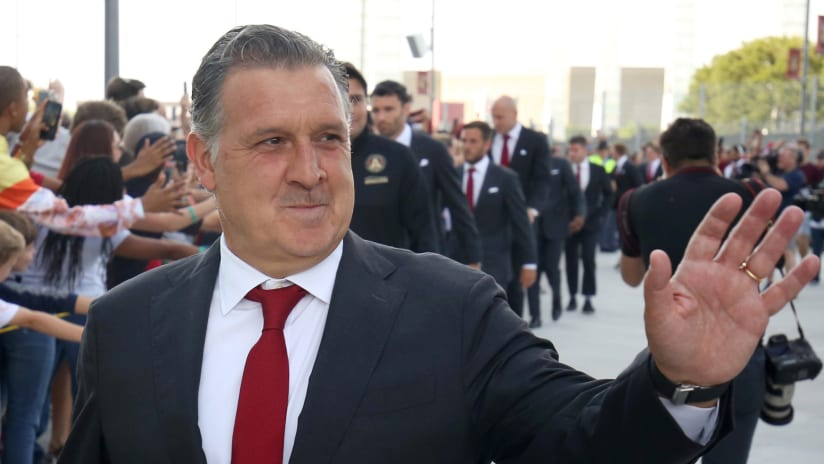 Tata Martino - Atlanta United - Suit, smiling