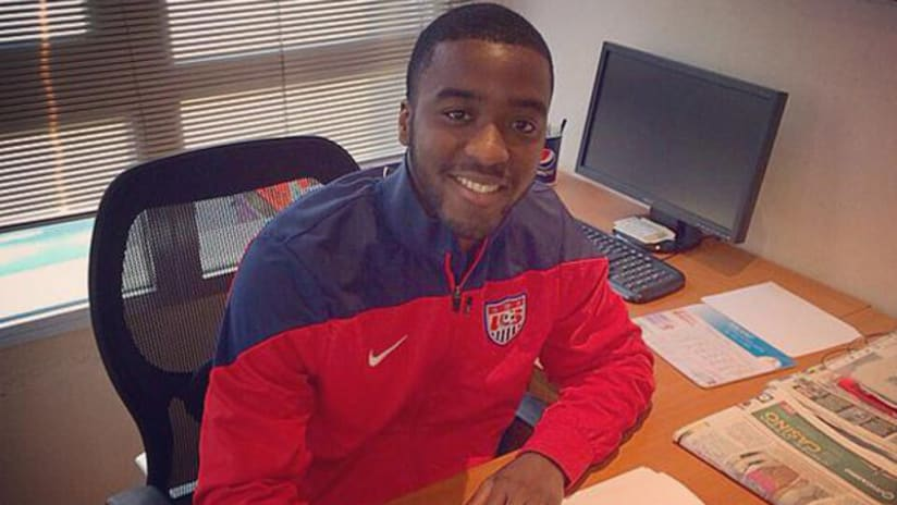 US U-20 international Shaquell Moore signs with Huracan Valencia