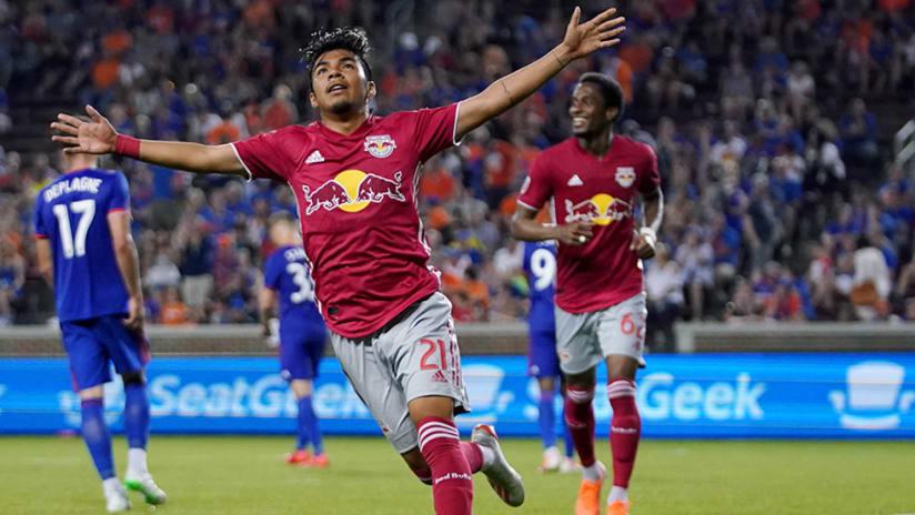 Omir Fernandez - goal celebration – New York Red Bulls