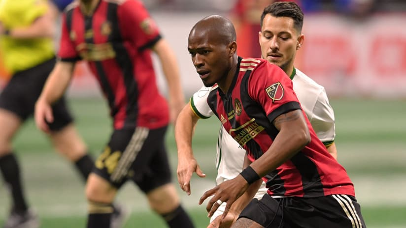 Darlington Nagbe - Atlanta United - In font of Sebastian Blanco