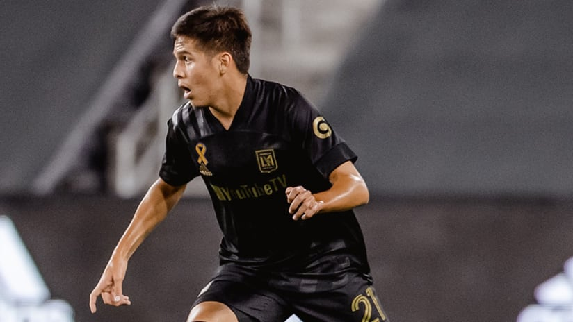 Christian Torres - LAFC - head up