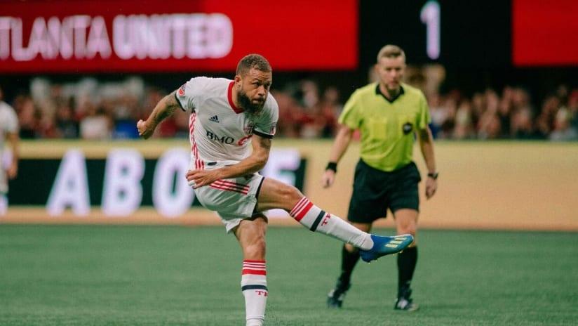 Nick DeLeon goal - Toronto FC