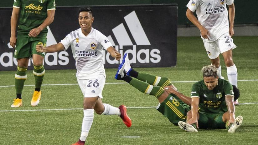 Efrain Alvarez celebrates first MLS goal