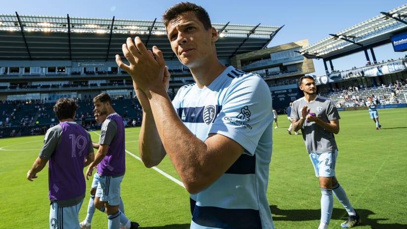 Daniel Salloi –Sporting Kansas City –hands clapping