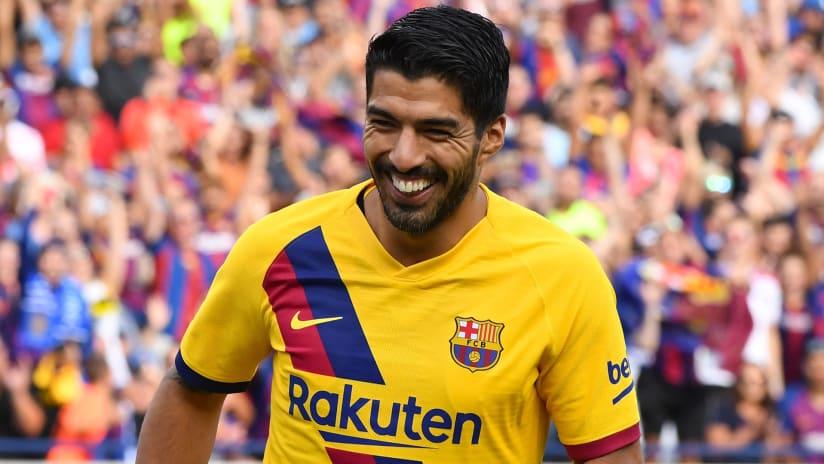 Luis Suarez - Barcelona - smiling - close-up - during 2019 preseason