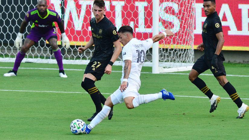 Cristian Pavon - LA Galaxy - shoots - vs. LAFC - Aug. 22, 2020