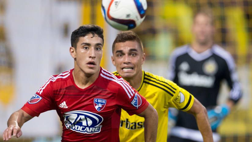 Alex Zendejas - FC Dallas - Chases the ball