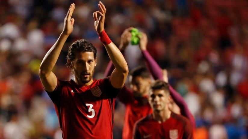Omar Gonzalez - US national team - USMNT - clapping