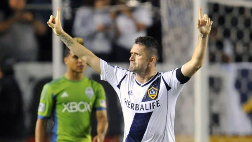 Robbie Keane celebrates his goal for LA vs. Seattle
