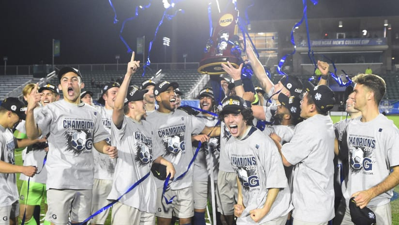 Georgetown - College Cup 2019 - trophy lift