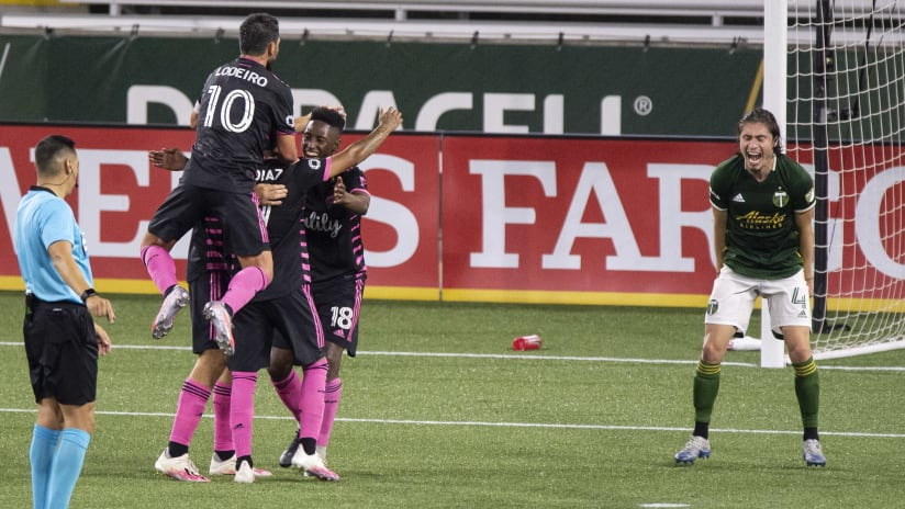 Seattle Sounders celebrate vs Portland Timbers