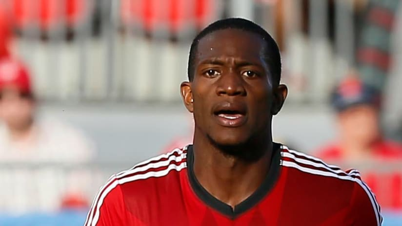 Doneil Henry - close-up