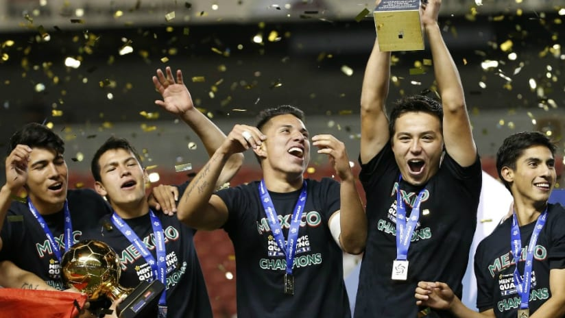 Erick Torres celebration - Mexico U-23 CONCACAF Olympic Qualifying Tournament - 10-13-15