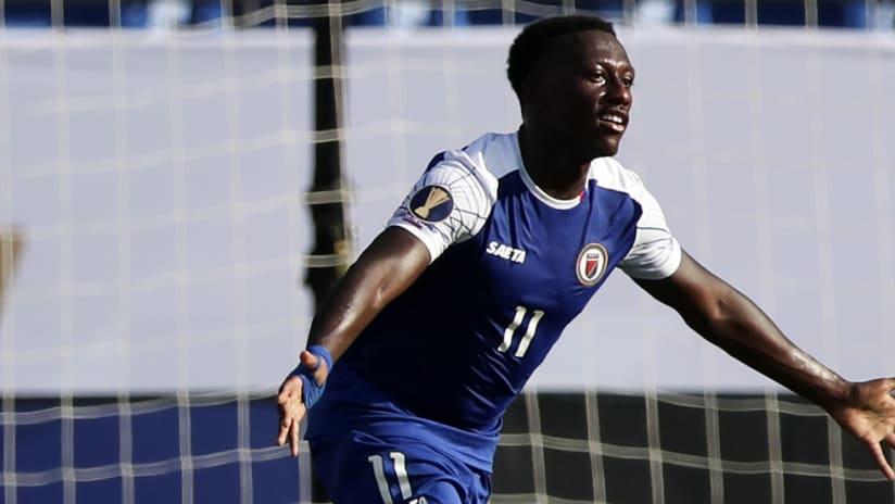 Derrick Etienne Jr. –Haiti – goal celebration