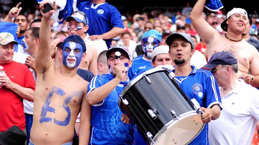 El Salvador national team fans (June 2011)