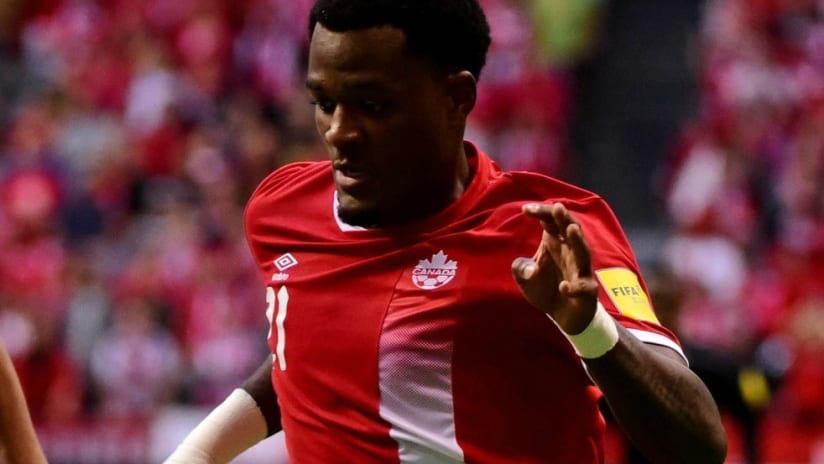 Cyle Larin - Canada - Dribbling