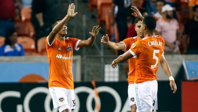 HOU players celebrate Mauro Manotas goal v. RSL - 5-31-17