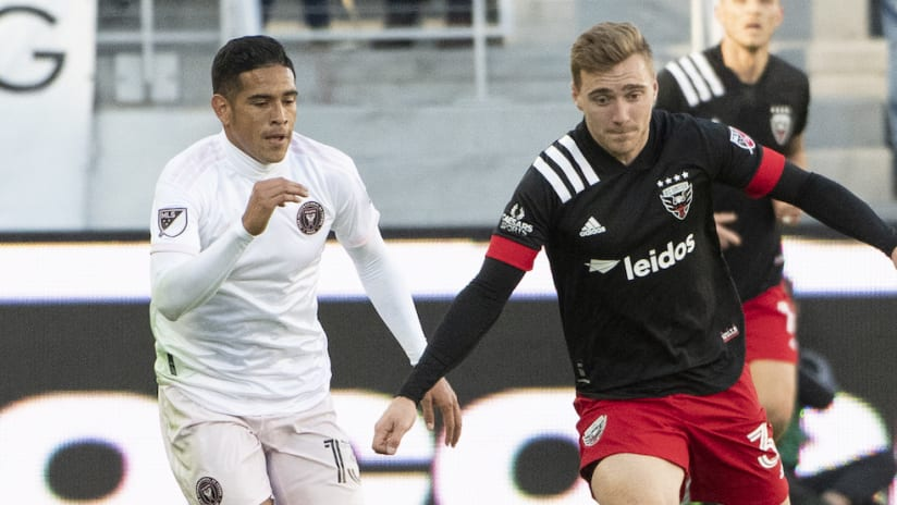 Julian Gressel on the ball for D.C. United
