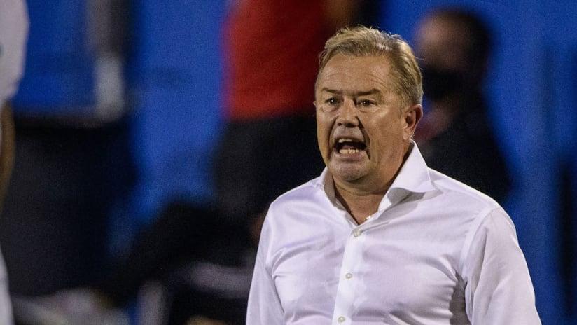 Adrian Heath screaming against Houston Dynamo