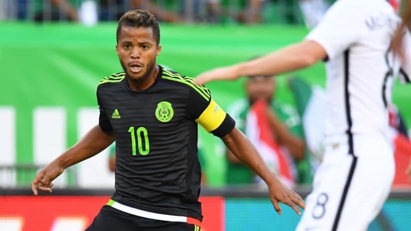 Giovani dos Santos dribbles for Mexico vs. New Zealand - 11/8/2016