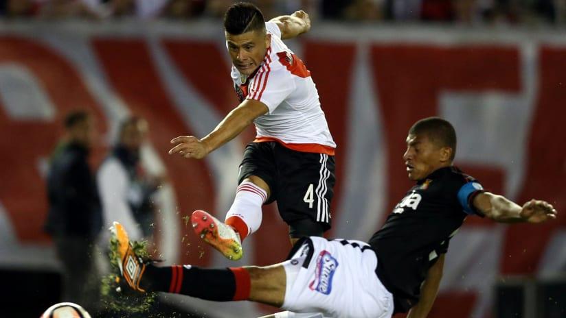 Jorge Moreira - River Plate - shoots the ball in Copa Libertadore play