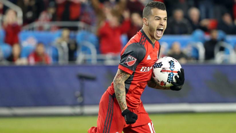 Sebastian Giovinco - Toronto FC - celebrating a goal