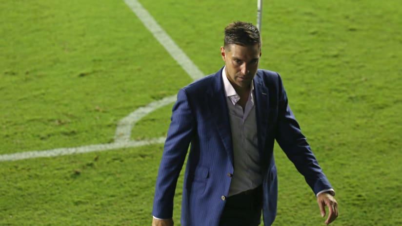 Diego Alonso - Inter Miami - Walking off field