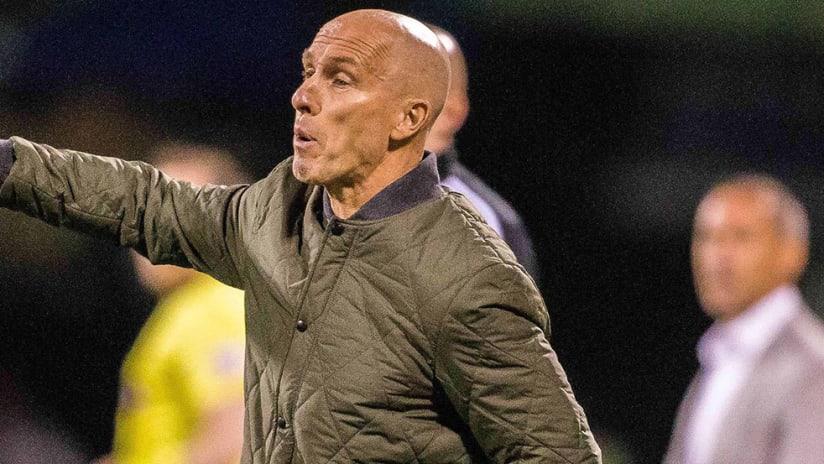 Bob Bradley - LAFC - pointing