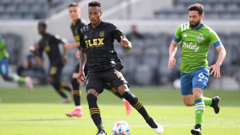 Sources: Colorado Rapids acquire Mark-Anthony Kaye from LAFC in blockbuster trade