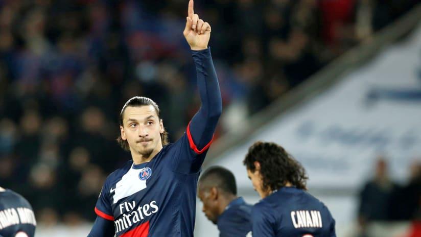 Zlatan ibrahimovic - Paris St. Germain - Points to sky