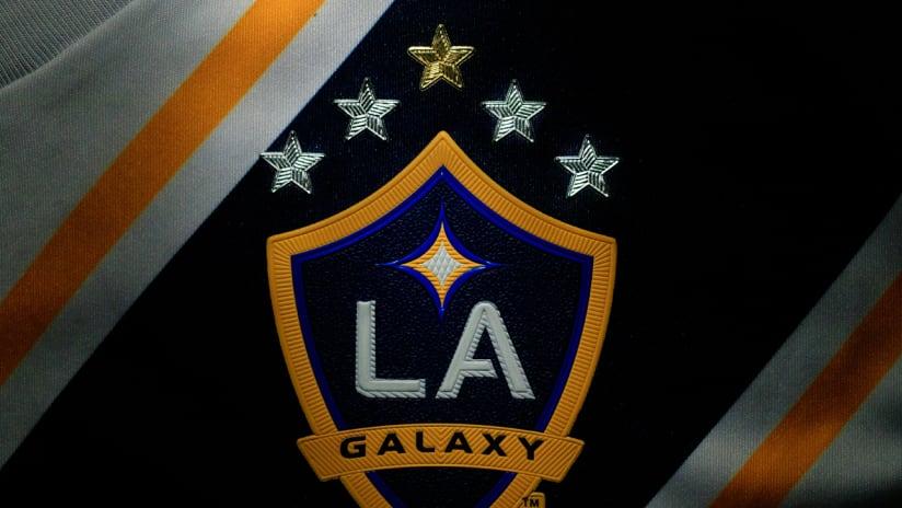 LA Galaxy new crest - five stars - 2019
