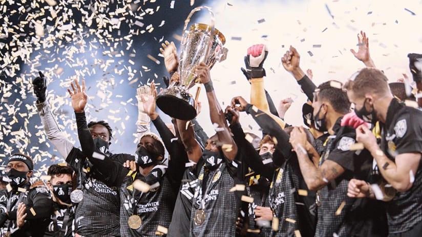 Columbus Crew SC - MLS Cup 2020 - trophy raise