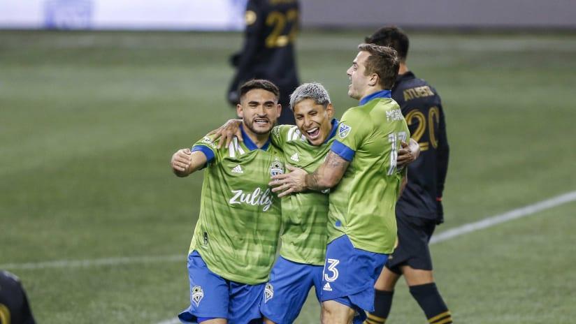 Playoffs - 2020 - Roldan, Ruidiaz, Morris - Celebrate