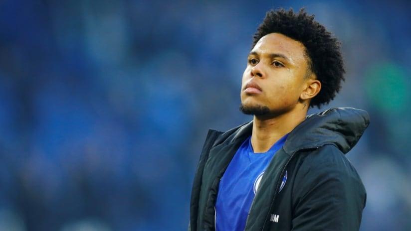 Weston McKennie - Schalke - in jacket