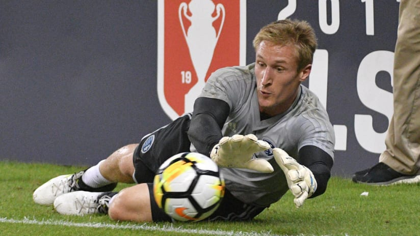 Tim Melia - Sporting Kansas City - warms up for an Open Cup game