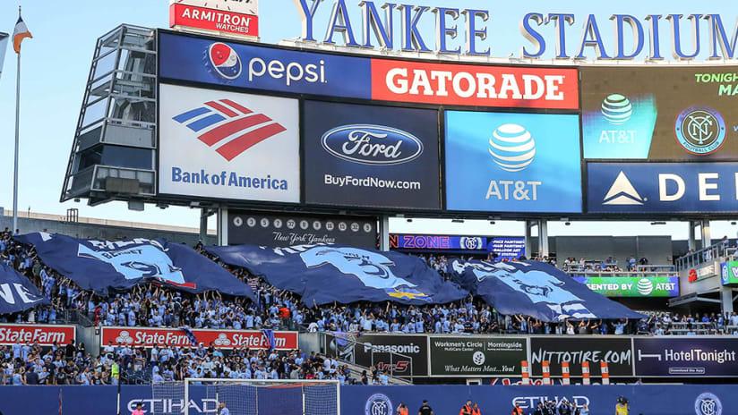 Yankee Stadium - center field scoreboard - behind goal