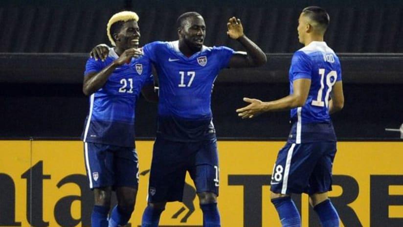USMNT celebrate Jozy Altidore's goal vs. Peru