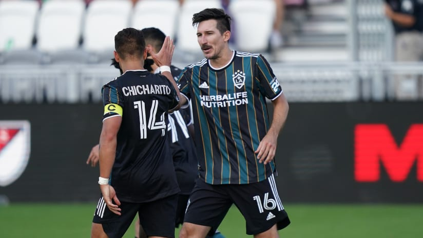 LA Galaxy's Vanney: Opening day brace will be relief for Chicharito