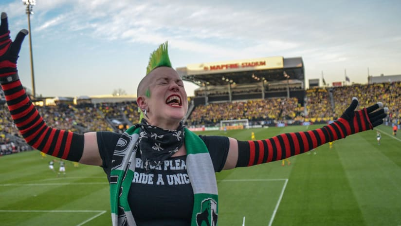 MLS Cup - 2015 - Mohawked Timbers Army fan