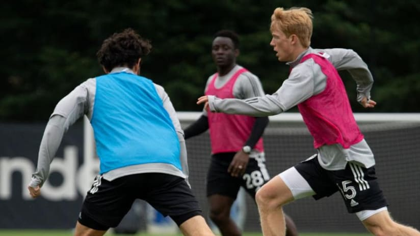 Seattle Sounders homegrown Ethan Dobbelaere at training