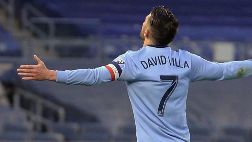 David Villa - New York City FC - Arms out