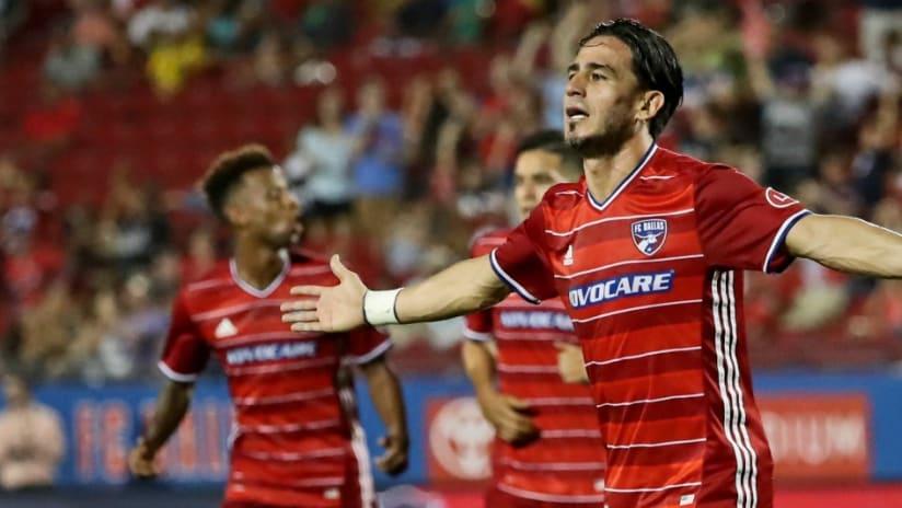 Mauro Rosales, FC Dallas, celebrates a goal