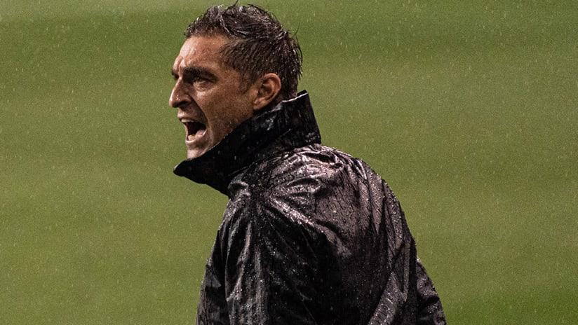 Diego Alonso - Inter Miami - rain