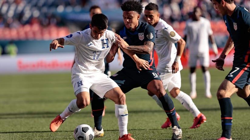USMNT vs Honduras action