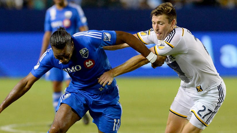 Didier Drogba, Dave Romney - Montreal Impact, LA Galaxy - battle for ball
