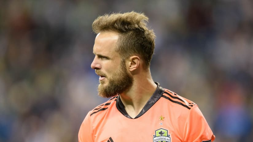 Stefan Frei dejected-SEA-OLI-CCL