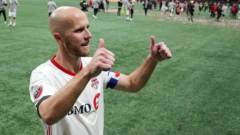 Michael Bradley - Toronto FC- thumbs up